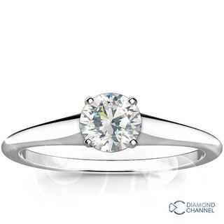 Round Brilliant Cut Solitaire Engagement Ring (RBC-0.31ct tw)